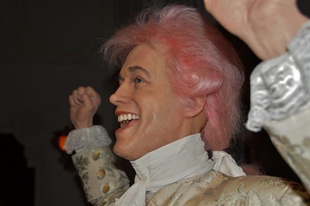 Wolfgang Amadeus Mozart med rosa hår